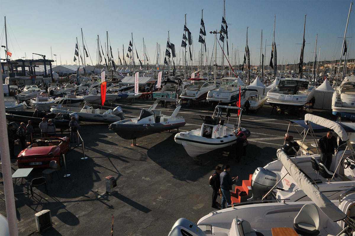 Yachting lodge what else for Salon nautique agde